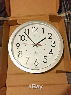 4 Chicago Lighthouse Quartz Flat Rim Office Clock's 14-1/2 Silver 67818003