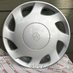 One New 1998-2000 Toyota Sienna #61099 Hubcap fits 15 Wheel Rim Free S&H
