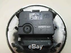 9 Horloge À Quartz Avec Bordure En Plastique Argenté. Diamètre 110mm / Environ 4- 5/16 Pouce