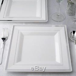 Assiettes Carrées En Plastique Blanches Avec Un Mariage Jetable De Jante Argent