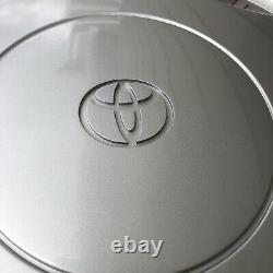 Une Nouvelle Toyota Sienna 1998-2000 #61099 Hubcap S'adapte À 15 Roues Sans S&h